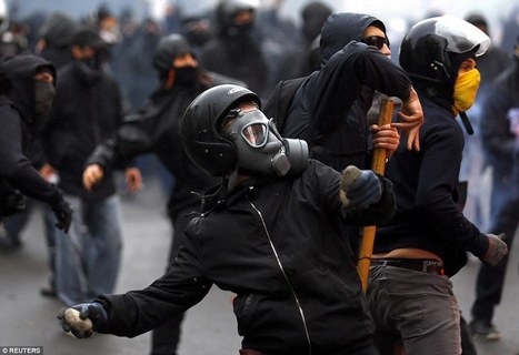 Riot police clash with May Day protesters around the world | Archivance - Miscellanées | Scoop.it