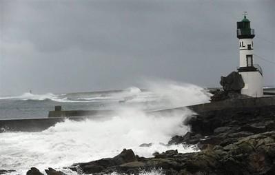 Risques de submersion. Vigilance orange en Bretagne - Faits divers - ouest-france.fr | Ma Bretagne | Scoop.it