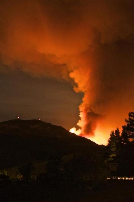 Twitter / jburg:  Mt. Diablo Fire. 9.8.13 @9:30 pm | Google Lit Trips: Reading About Reading | Scoop.it