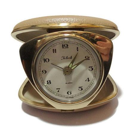 1950s Telock beige travel clock. | Retrofanattic's articles and items for sale | Scoop.it
