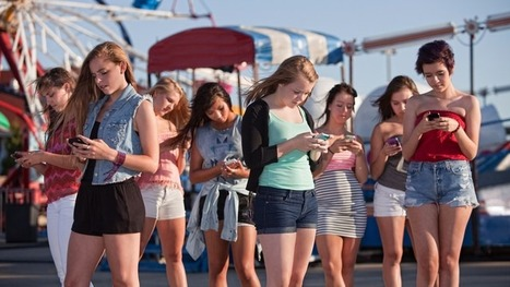 Why Social Media Is Irresistible To Teen Brains | EDTECH - DIGITAL WORLDS - MEDIA LITERACY | Scoop.it