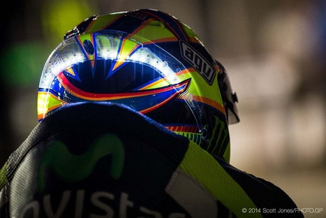 Photos of Valentino Rossi's LED Helmet from Qatar | Ductalk Ducati News | Scoop.it