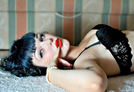 Pin Up Girl Miss Psycho Cat Makes Us Purrrr With Pleasure | Rockabilly | Scoop.it