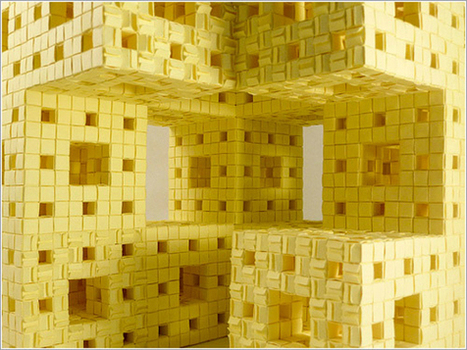 El fractal de la Esponja de Menger hecha con notas Post-It | VIM | Scoop.it