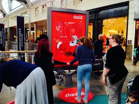Coca Cola Wrapping Paper Dispensers | Out of Home | Scoop.it