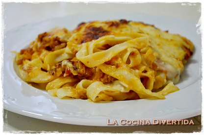 Gratinado de nidos de pasta con carne y champiñones | Qué se #cocina en la red | Scoop.it