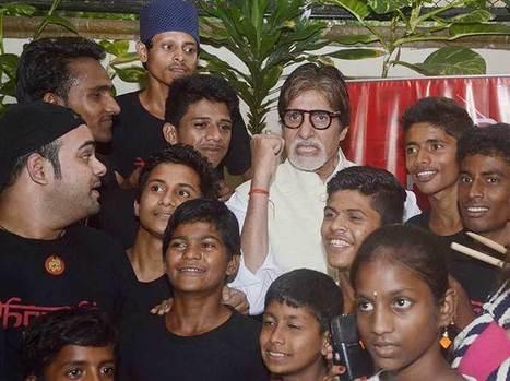 Amitabh Bachchan enjoys with Dharavi Rock Band - India.com   Amitabh bachchan   Scoop.it
