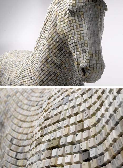 svdp: Sculpture made out of recycled keyboard... | Insigh the sexual brain | Scoop.it