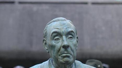 Borges, inmortalizado al pie de la Biblioteca Nacional - Todo Noticias   jorge luis borges   Scoop.it