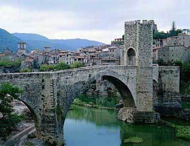 femTurisme.cat - Besalú (Garrotxa - Girona) | RACONS:GIRONA | Scoop.it
