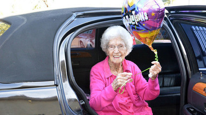 100-year-old Tempe woman gets wish: First ride in a limousine | Troy West's Radio Show Prep | Scoop.it