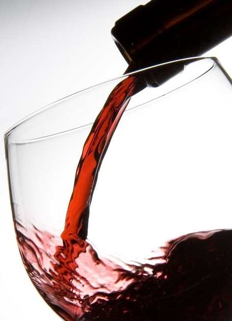 Le vin rouge, un allié contre les graisses ? - RTL.be | Parlez vin! | Scoop.it
