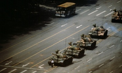 Stuart Franklin: how I photographed Tiananmen Square and 'tank man' | Visual Journalism | Scoop.it