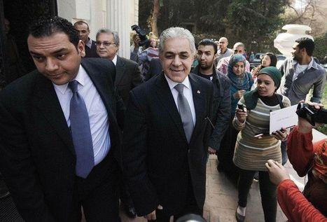 Egypte: un chef de l'opposition refuse de voir Kerry, dénonce des pressions | Égypt-actus | Scoop.it
