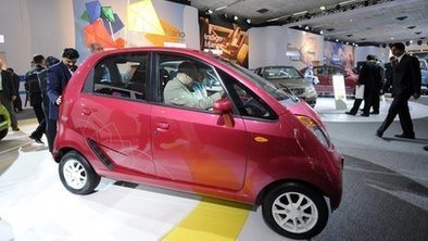 Tata re-positions 'cheap' Nano car | News You Can Use - NO PINKSLIME | Scoop.it