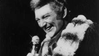 Behind the candelabra: Liberace's bling a legacy to classical music | Music, Theatre, and Dance | Scoop.it