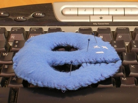 Microsoft reveals hole in IE, urges people to update their browsers (updated)   Information Security and Technology   Scoop.it