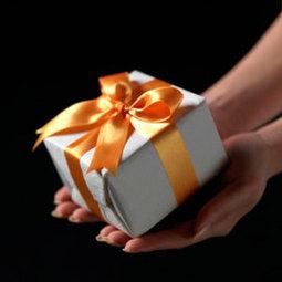 100+ Unique Gifts for Women, Men & More | Gift Ideas for Parents | Scoop.it