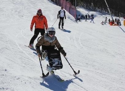 Disabili, un corso per imparare lo sci-seduto | Disabilità: rispetto, integrazione, aiuto | Scoop.it
