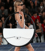 The Chanel Hula Hoop Bag | a fashion moment | Scoop.it