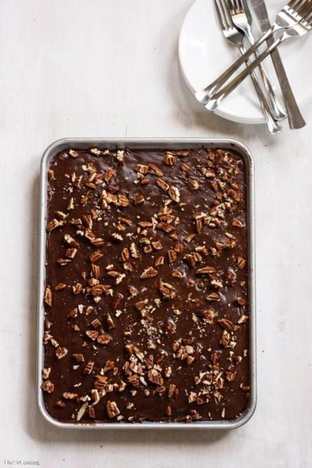 Lighter Version of Grandma's Chocolate Sheet Cake - i heart eating   Just Chocolate!!!   Scoop.it