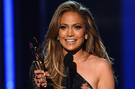 Jennifer Lopez Receives Icon Award, Performs 'First Love' at the 2014 ... - Billboard | It's Entertainment | Scoop.it