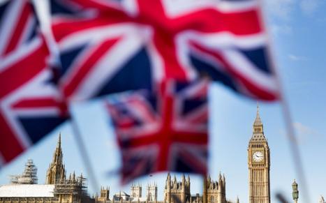 Foreign investors rush to Britain - but EU referendum uncertainty helps drive largest ever decline in overseas perceptions of UK | Macroeconomics: UK economy Pre-U Economics | Scoop.it