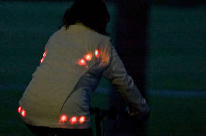 Light for life: Glowing button cycling jacket | Arduino Focus | Scoop.it