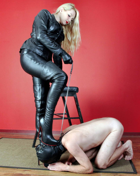 Mistress Eleise in Supple Leather | Styles of Sophisticated Femdom | Scoop.it