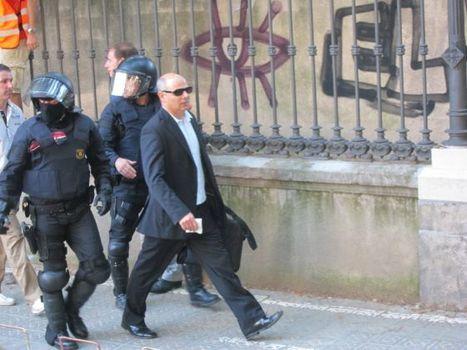 Un diputado de ICV rechaza declarar ante Velasco para no criminalizar el 15-M | Política | EL PAÍS | Indignados e Irrazonables | Scoop.it