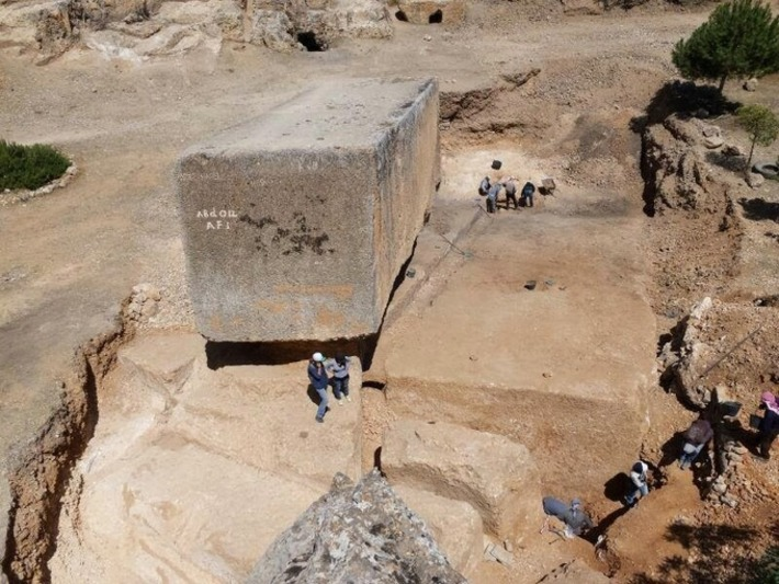 Largest ancient stone block discovered in Baalbek | The Archaeology News Network | Asie | Scoop.it