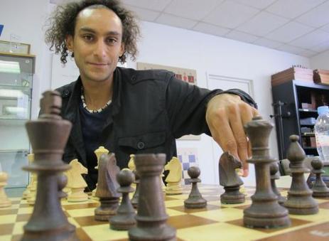 Bois-Colombes : Samy, champion d'échecs qui joue aussi vite que l ... - Le Parisien | Les News des échecs | Scoop.it