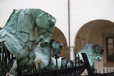Los caballos del artista mexicano Gustavo Aceves toman la Puerta ... - emeequis | Caballo, Caballos | Scoop.it