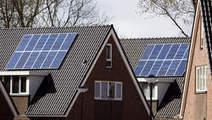 'Stunt niet met zonnepanelen' - Home - Trouw.nl   Kunststof en Aluminium kozijnen   Scoop.it