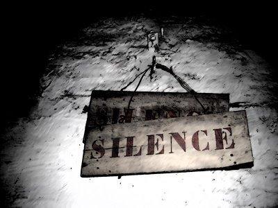 Anthropologie du silence.pdf - David LE BRETON Faculté des Sciences sociales Université de Strasbourg II   DESARTSONNANTS - CRÉATION SONORE ET ENVIRONNEMENT - ENVIRONMENTAL SOUND ART - PAYSAGES ET ECOLOGIE SONORE   Scoop.it