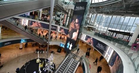 Les parfums de Jean-Paul Gaultier s'affichent sur le Digital Dream - Defense-92.fr - Vivez La Défense | Visual Communication News | Scoop.it