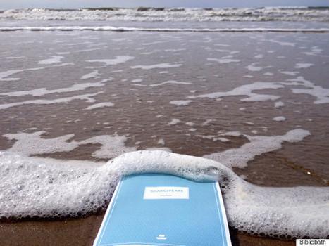 Finalmente criaram livros à prova de água para ler no banho | Design | Scoop.it