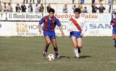 El día que Sandro Rosell le marcó un gol al Barça... jugando con el L'Hospitalet | DEPORTES | Scoop.it