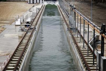 Les Pays-Bas inaugurent la machine créant les plus grandes vagues artificielles au monde - lesoir.be   694028   Scoop.it