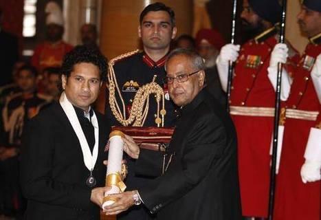 Sachin Tendulkar honoured with Bharat Ratna | Asia Cup Schedule - 2014, ipl 2014, t20-world-cup-2014 | Scoop.it