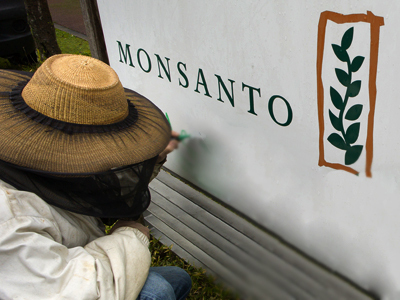 Monsanto insurance: USDA tells farmers to pay for avoiding troubles with agro-giant | YOUR FOOD, YOUR ENVIRONMENT, YOUR HEALTH: #Biotech #GMOs #Pesticides #Chemicals #FactoryFarms #CAFOs #BigFood | Scoop.it