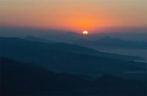 Nepal Sunrise Tour | Nepal Sunrise Tour Package | Sunrise View Tour in Nepal | Hiking in Nepal | Scoop.it