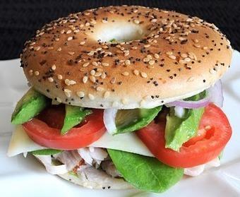 #Healthy #Recipe / Turkey, Havarti, and Avocado Bagel Thin Sandwich | Fashion | Scoop.it