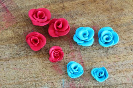 Orecchini rose in pasta polimerica | Orecchini Fai da Te: i migliori tutorial | Scoop.it