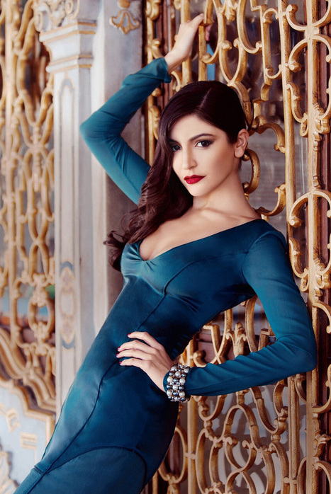 SuiMui : Indian Actress hot photos,bollywood actress hot photos, Hot Gossips, Event Photos: Anushka Sharma Hello India March 2013 | Indian Actress Latest Spicy Images & Hot Wallpapers | Scoop.it