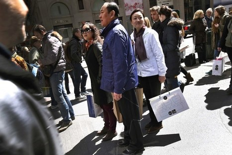 Chinese and Russian Travelers Lead Global Tourism Growth in 2013 | e-Tourism | Scoop.it