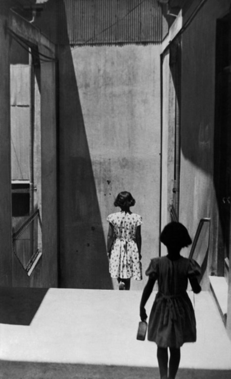 Valparaiso, Chile (by Sergio Larrain, 1957) | Everything and nothing to do with The digital world | Scoop.it