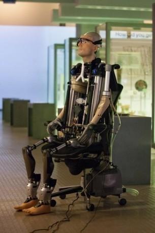 Un homme bionique exposé à Londres   Actualité robotique   Scoop.it