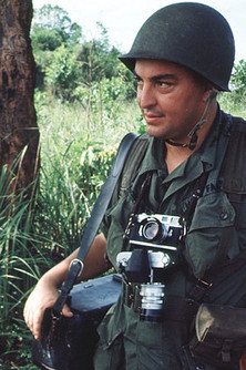 War Photographer Faas Dies | Food for Thoughts | Scoop.it