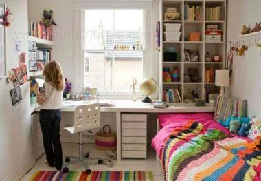 am nager un bureau pour enfant lespeti. Black Bedroom Furniture Sets. Home Design Ideas